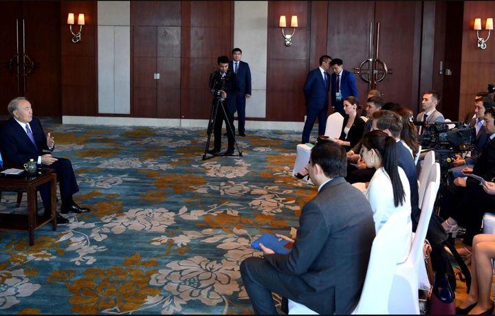 Назарбаев: Си Цзиньпин назвал меня старшим братом (видео)