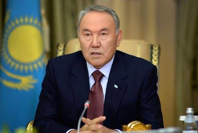 Назарбаев посоветовал недовольным жизнью пройтись по больницам и кладбищам