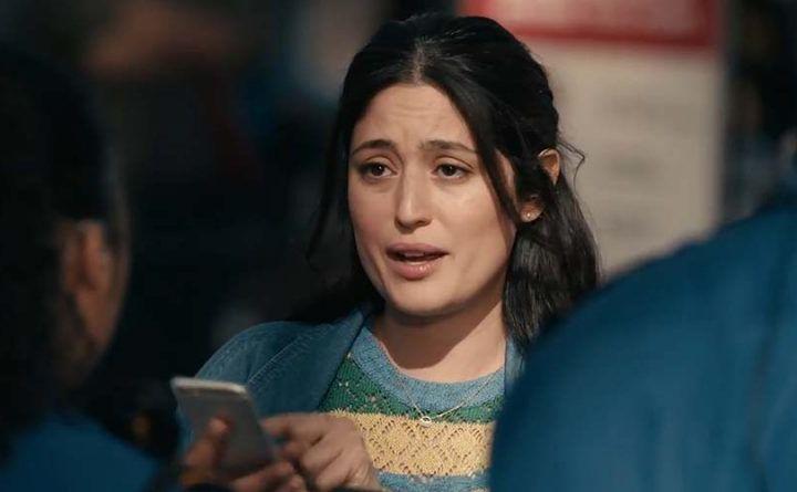 Видео: «Samsung» ўз видеоролигида «iPhone 6»ни мазах қилди