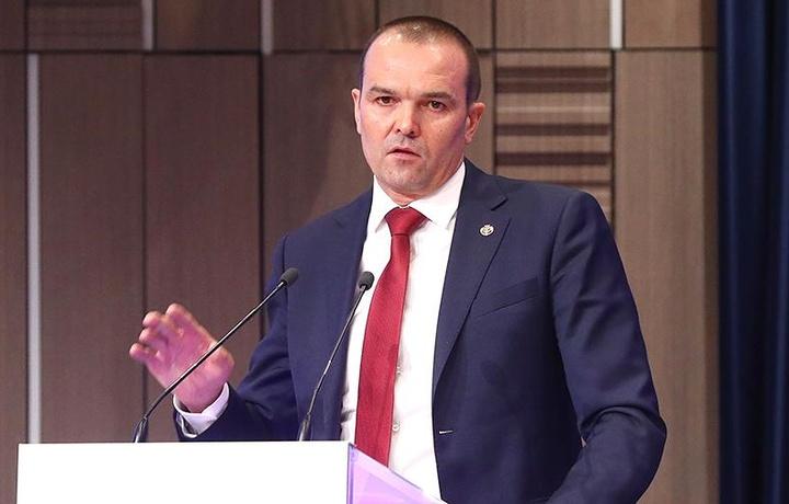 Россиялик губернатор ҳоким Шуҳрат Ғаниевга «шогирд тушди»