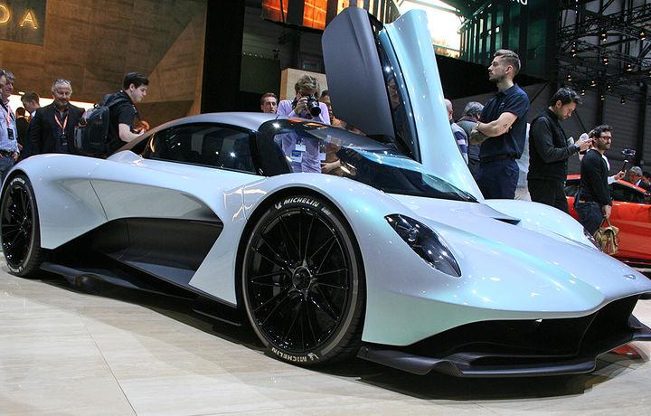 Aston Martin представил новый автомобиль, одобренный NASA (видео)