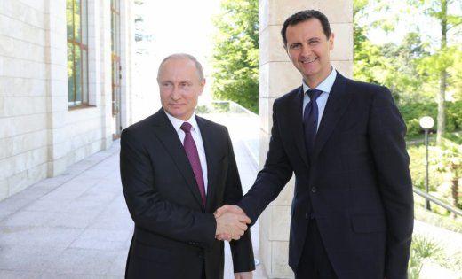 Асад Путинга :«Сурияликлар ўз уйларига қайтмоқда»