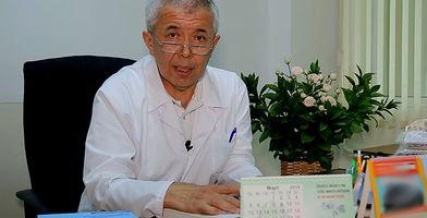 Abduxalil Xo'janov — ortoped-travmatolog, tibbiyot fanlari nomzodi.