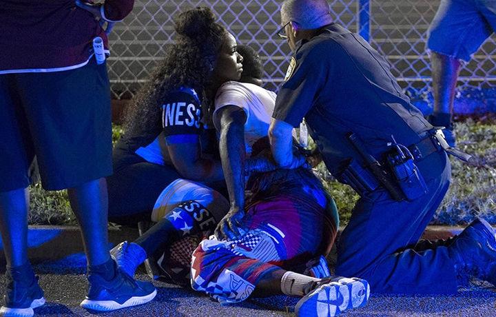 Десятки человек пострадали в массовой драке во Флориде