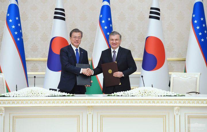 Узбекистан и Южная Корея подписали соглашения более чем на 12 миллиардов долларов