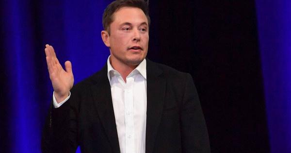 Илон Маск устроил интернет-перебранку с основателем Amazon