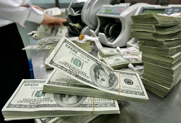 Андижонда банк ходимлари 759 минг АҚШ долларини ўмаришди