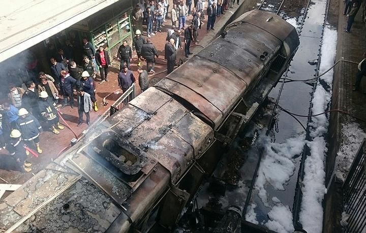 Министр транспорта Египта ушёл в отставку после ЧП с поездом