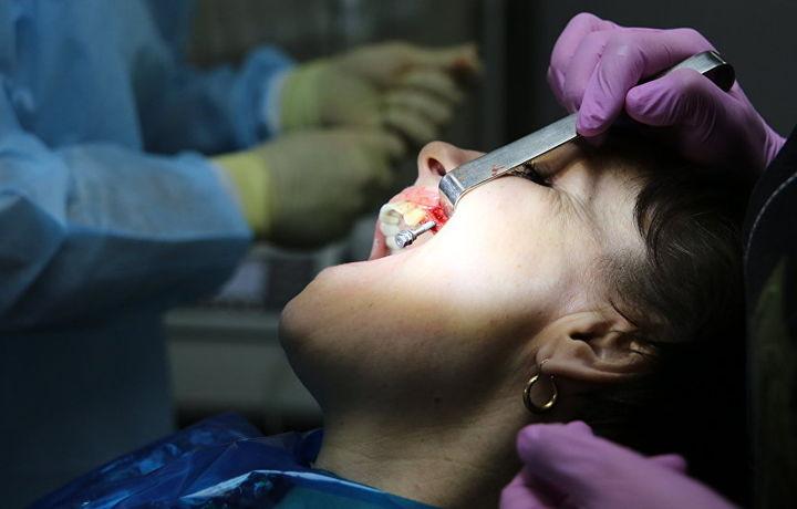 Ученые научились «выращивать» зубную эмаль