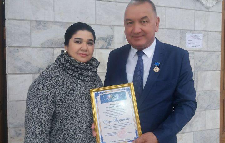 Актёр Мирза Азизов халқаро мукофотга сазовор бўлди