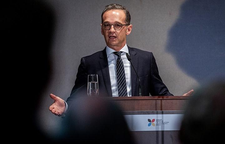 Германский министр назвал США «удавом»