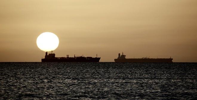 Бразилия назвала причину загрязнения побережья страны нефтью