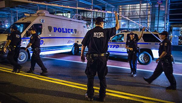 Стрельба возле торгового центра произошла в США (фото+видео)
