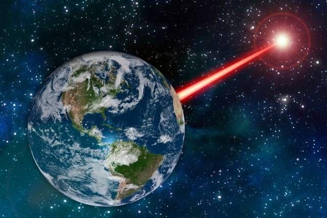 Ученые предлагают искать инопланетян, посветив им лазером в глаза