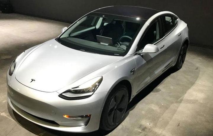 Tesla запустила продажи подержанных Model 3