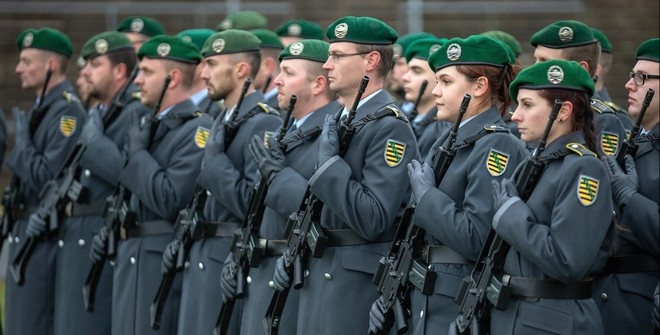 Немецкий министр назвал Германию и Европу беззащитными без США