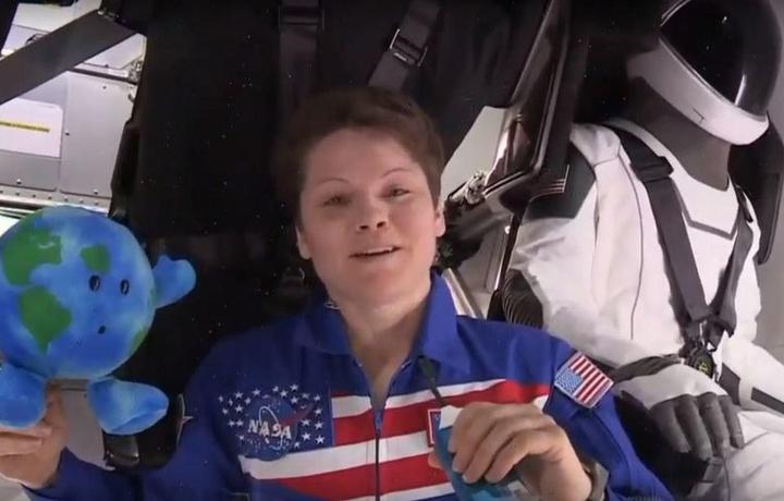 Uch oyda NASA astronavtining bo'yi 5 santimetrga o'sdi