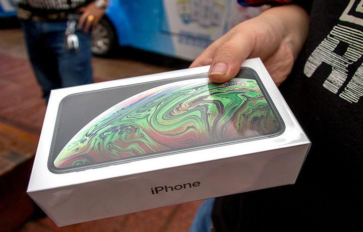 iPhone стал самым желанным подарком в США