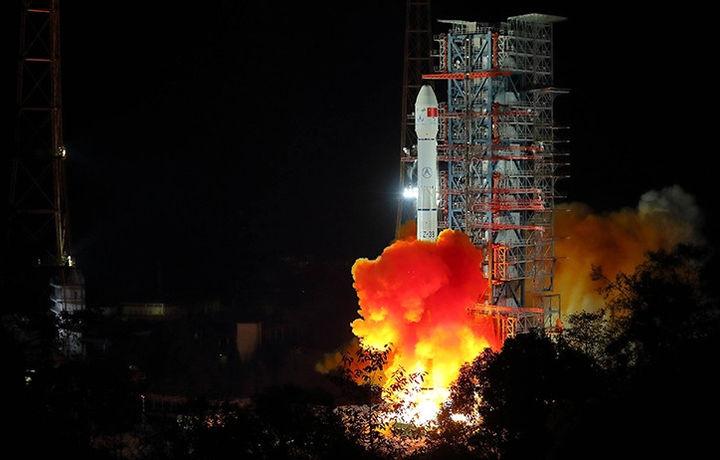 Китай отправил на Луну семена картофеля и яйца шелкопряда