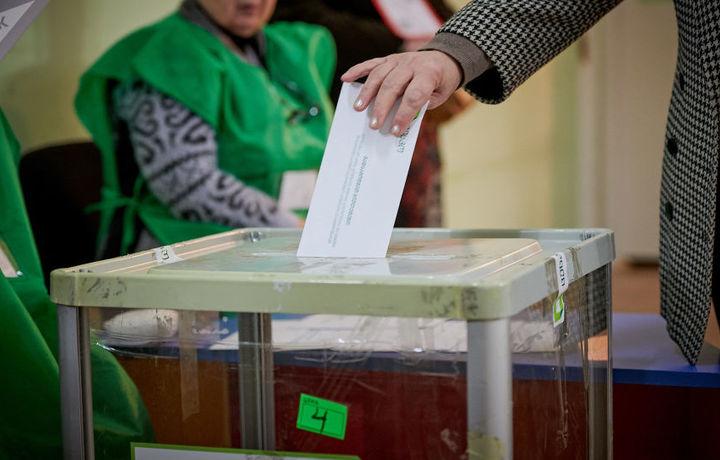В Грузии началось голосование второго тура президентских выборов