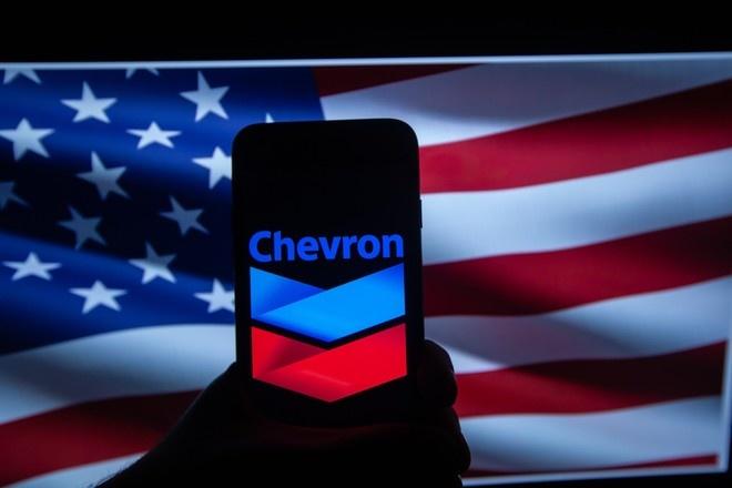 США продлили на 90 дней лицензию Chevron на добычу нефти в Венесуэле