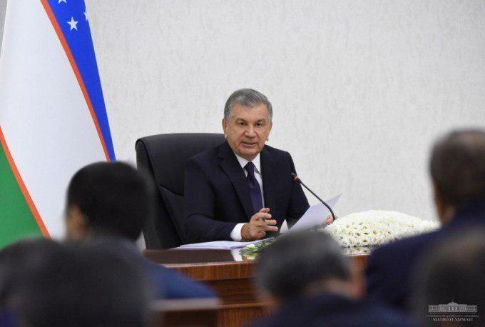 Shavkat Mirziyoyev maktablarda qanday shior bo'lishi lozimligini aytdi