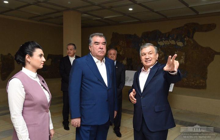 Shavkat Mirziyoyev va Emomali Rahmon Afrosiyob muzeyida bo'ldi