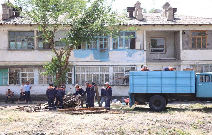 Пойтахтнинг «Дарё бўйи» маҳалласи янги қиёфага киради (фото)