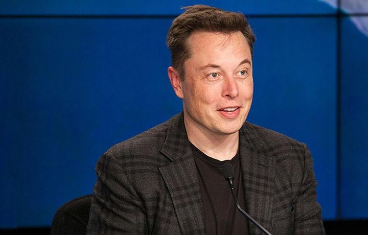 Илон Маск вновь «уронил» акции Tesla неудачной шуткой