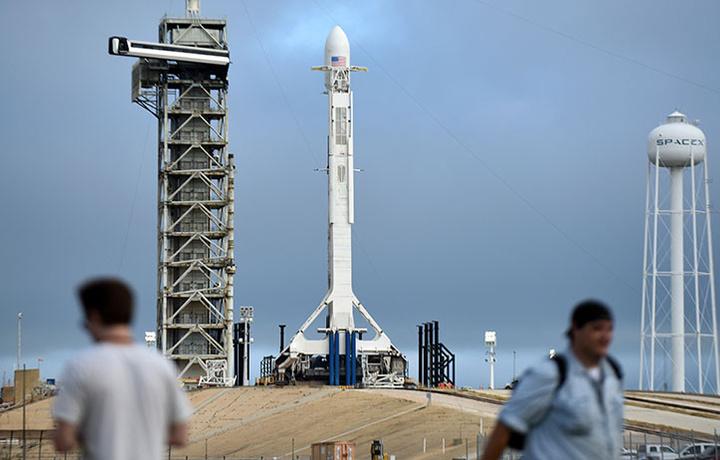 Пуск ракеты-носителя Falcon 9 отложили