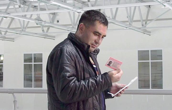 Россияда ишламоқчи бўлганлар учун қулайлик: сертификат ва суғурта тизими соддалаштирилди