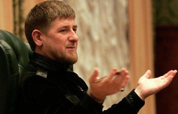 «Хабиб превратил его лицо в картину». Кадыров прокомментировал победу Нурмагомедова