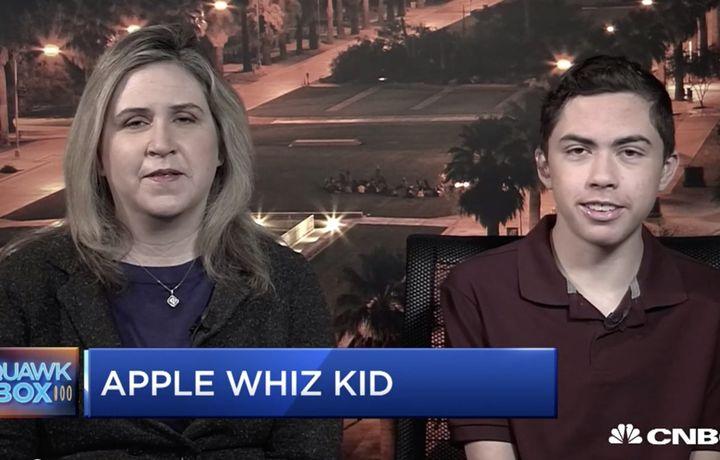 «Apple» 14 yoshli o'quvchini mukofotlaydi