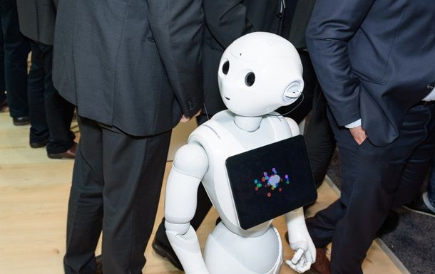 Британия парламентида илк бор робот нутқ сўзлайди