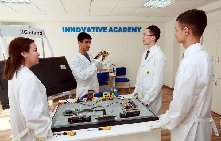 «Инновацион сервис академияси» Тошкент ахборот технологиялари коллежига нима берди?