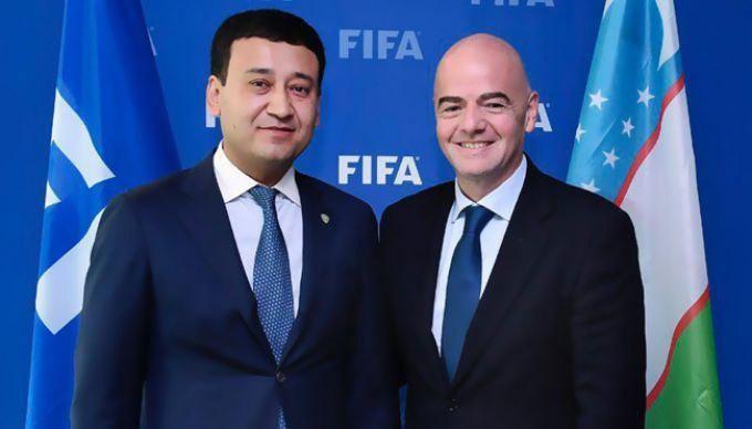 Умид Аҳмаджонов FIFA саммитида қатнашиш учун жўнаб кетди