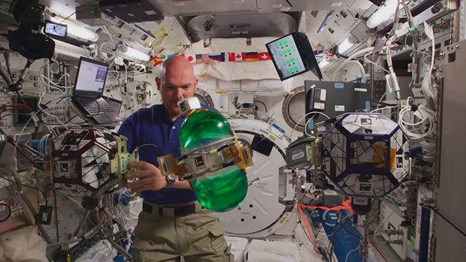 Из космоса на Землю передали первое видео в разрешении 8K (видео)