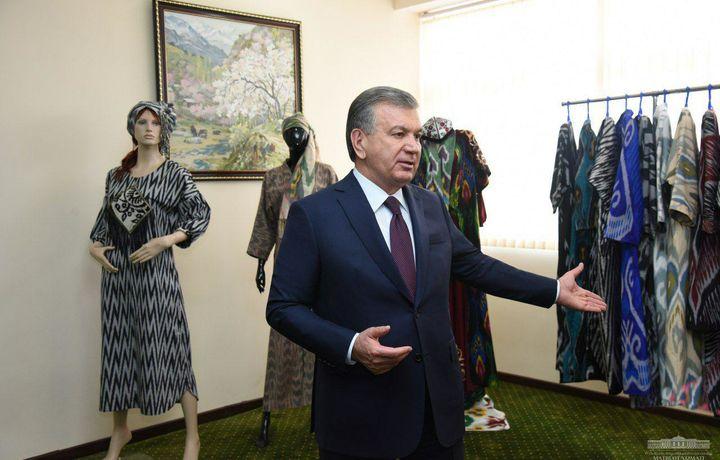 Шавкат Мирзиёев ипакчилик кластерлари ташкил этишга кўрсатма берди (фото)