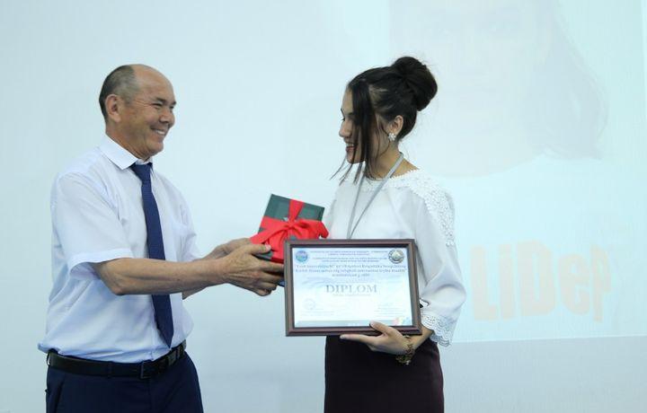 «O'zLiDeP» 42 нафар ёш ихтирочига стипендия беради