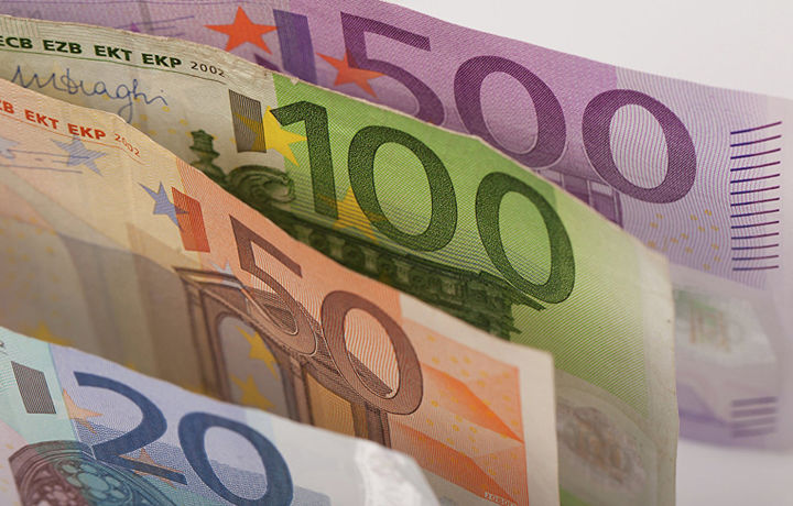 Бельгиялик лотереяда 17 миллион евро ютиб олди