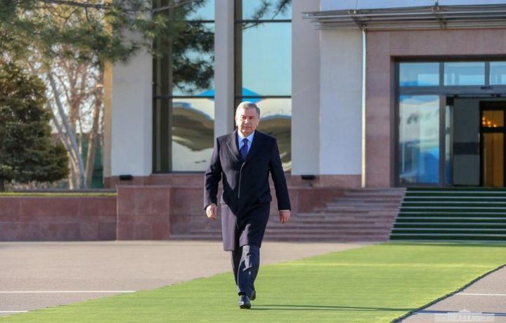 Shavkat Mirziyoyev Sirdaryoga uchib ketdi