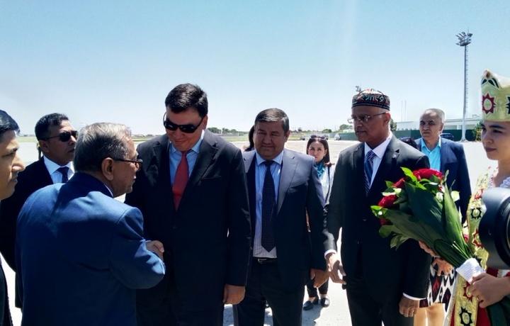 Бангладеш Президенти Муҳаммад Абдул Ҳамид Бухорога келди
