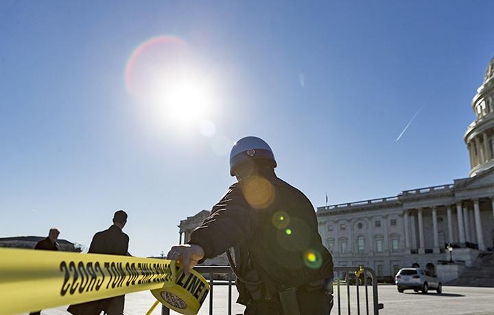 Мужчину застрелили у здания Конгресса США