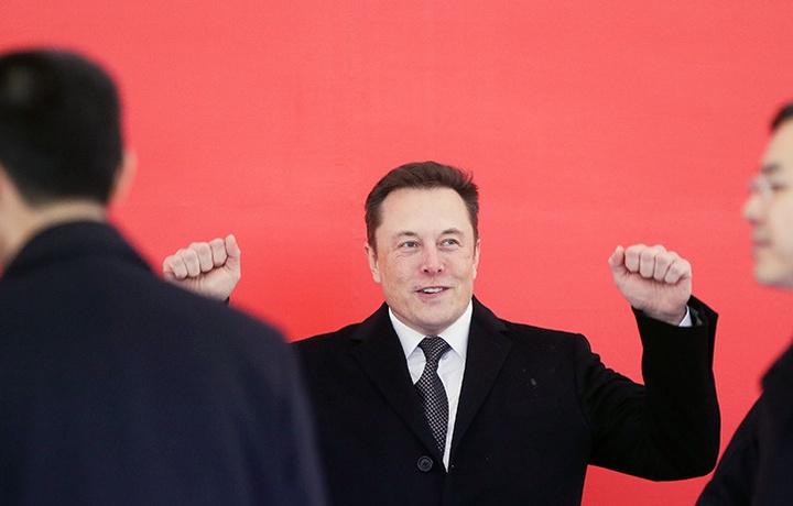 Илон Маск решил сократить штат Tesla