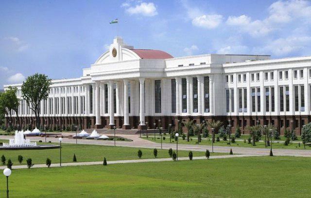 Сенат «Шахсга доир маълумотлар тўғрисида»ги қонунни маъқуллади